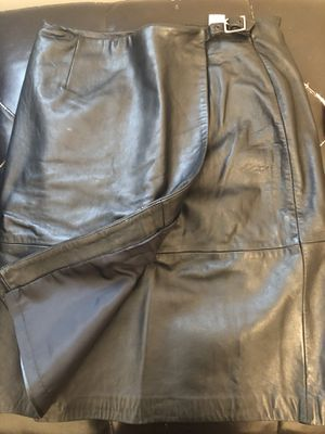 Black leather wrap skirt for Sale in Kinston, NC
