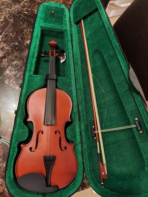 Brand new violin- designed for young boy or girl.all parts you seen in pictureshas are included for Sale in Oak Lawn, IL