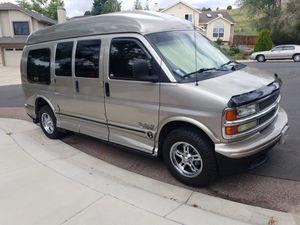 2001 Chevy Express 1500 Handicap Wheelchair Van for Sale in Colorado Springs, CO