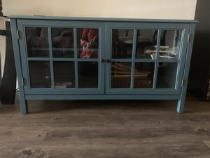 BRAND NEW TV STAND IN OVERCAST GRAY for Sale in Weston, FL