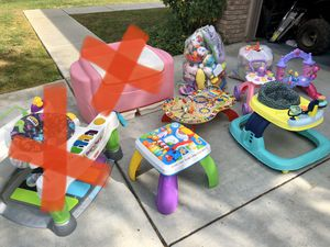 Kids Toys, Baby Chicco Car Seat and Bases for Sale in Menifee, CA