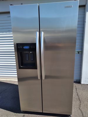 kitchen Aid stainless steel side by side refrigerator, good condition, 30 days warranty, delivery available W36-D27-H69 for Sale in Tempe, AZ