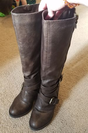 Women's boots size 7 for Sale in Sedro-Woolley, WA