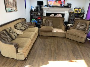 HAVERTYS 3 PIECE SOFA SET for Sale in Snellville, GA