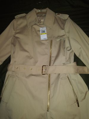 Michael kors trench coat for Sale in Los Angeles, CA