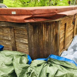 Hot tub for Sale in Greeneville, TN