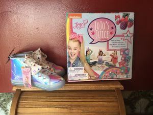 New Jojo Siwa Shoe & Game Gift Set for Sale in Waldo, OH