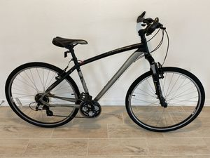 Specialized Crosstrail Hybrid Bike - Large - Like New for Sale in Davenport, FL