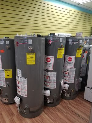 New 40 and 50 gallons water heaters for Sale in Aurora, IL