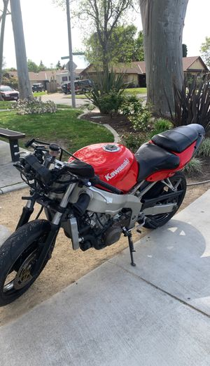 Kawasaki 600r for Sale in Laguna Hills, CA