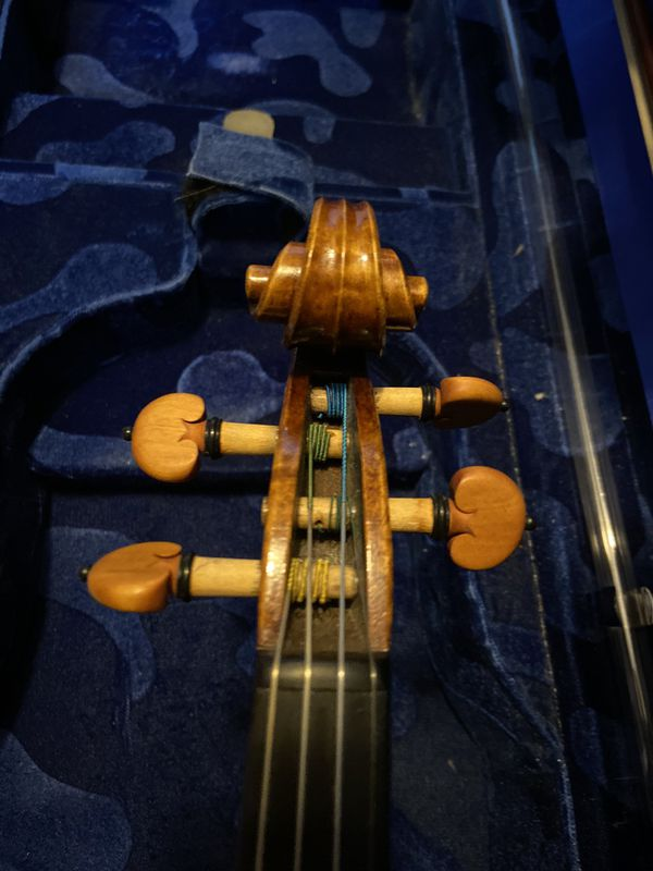 Lamberti Master Series Violin with Klaus Becker® Pernambuco Violin Bow