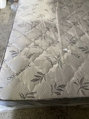 All new Queen pillow top mattress and box for Sale in Fresno, CA