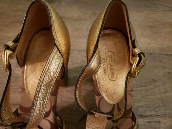 Gently used Coach heels, size 8