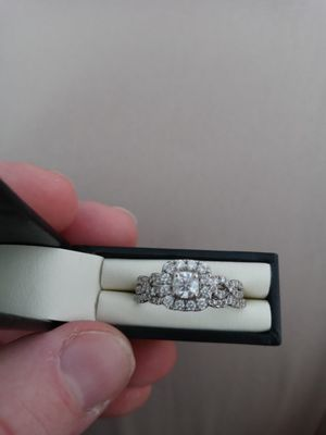 Wedding ring for sell. for Sale in Tacoma, WA