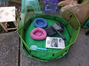 Small Pet Cages and accessories for Sale in Tacoma, WA