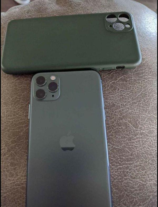 Brand new iPhone pro max 512 gb