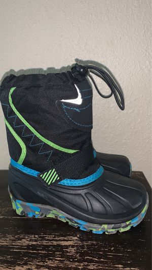 Snow boots for kids for Sale in San Dimas, CA