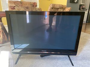 Panasonic 42 plasma TV for Sale in Beaverton, OR