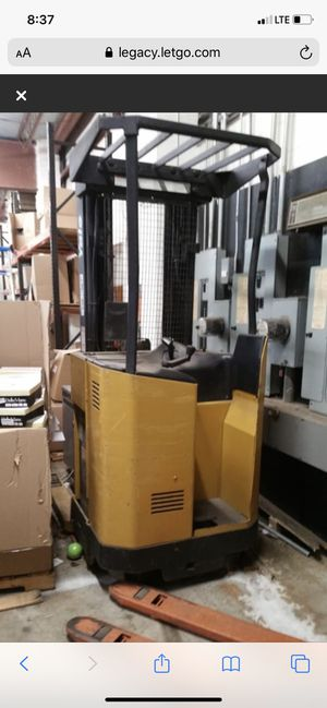 Warehouse forklift for Sale in Parlin, NJ