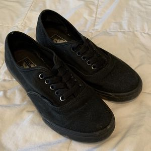Size 6 men's all black vans 7.5 womens for Sale in Tacoma, WA