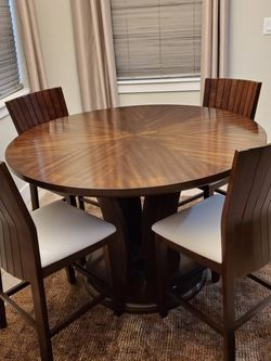 Wood Dining Table And Chairs for Sale in Cypress,  TX