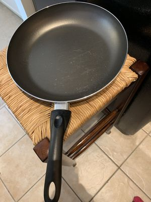 Large cooking pan for Sale in Chicago, IL