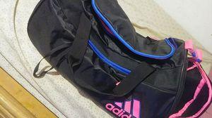 Adidas duffle bag for Sale in Orlando, FL