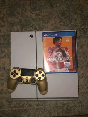 Ps4 with gold controller and madden 20 for Sale in Dover, DE