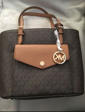 Mk bag new with tags on it still. for Sale in Kingsburg, CA