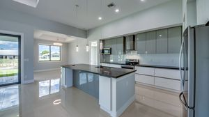 New Kitchen Cabinets for Sale in Plantation, FL