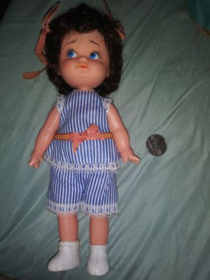 VINTAGE ANTIQUE DOLL for Sale in North Aurora, IL