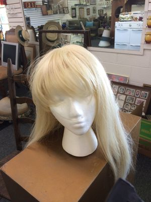 Blonde Wig for Sale in Angier, NC
