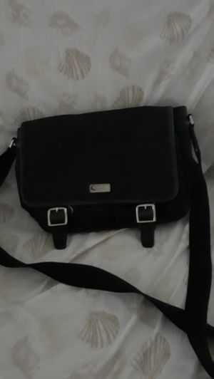 Coach small messenger bag for Sale in Haines City, FL