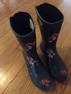 Women's target rain boots 6.5 for Sale in Richmond, VA
