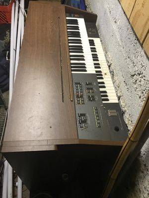 FREE Yamaha Electone Piano for Sale in Portland, OR
