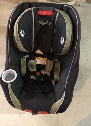 Graco car seat for Sale in Burlington, NJ