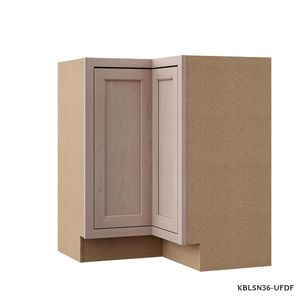 Hampton Bay 28.5x34.5x16.5 in. Lazy Susan Corner Base Kitchen CabinetHampton Bay 28.5x34.5x16.5 in. Lazy Susan Corner Base Kitchen Cabinet for Sale in Dallas, TX