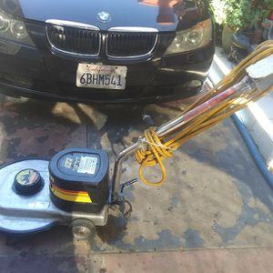 Carppet Cleaning And Floor Polisher for Sale in Irvine, CA