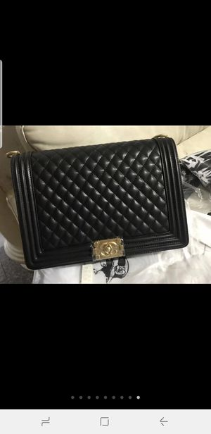 Chanel bag for Sale in TEMPLE TERR, FL