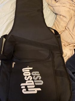 Gibson guitar Gig Bag for Sale in Tacoma,  WA