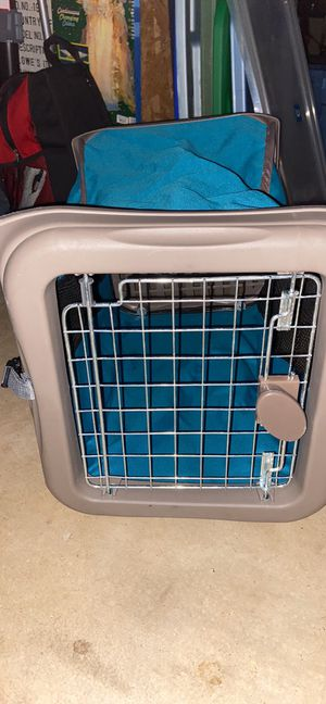 Pop-up and foldable small dog crate...awesome for travel and convenient for Sale in Weldon Spring, MO