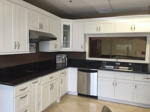 Kitchen Cabinets!! For sale for Sale in Moreno Valley, CA