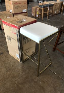 Awesome gold and whit bar stool for Sale in Dallas,  TX