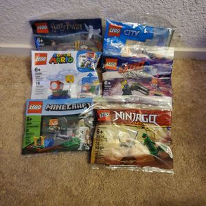 New Lego Mini Packs (Harry Potter, Lego City, Lego Movie, Super Mario, Minecraft, Ninjago) $30 Value for Sale in Ripon, CA