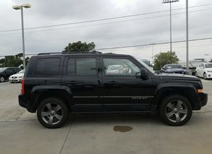 2014 Jeep Patriot Latitude 4D Sport Utility for Sale in Austin, TX