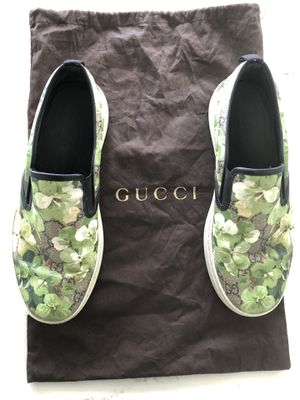 Gucci sz.8-9.,in great condition for Sale in Kent, WA