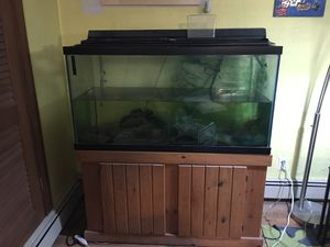 Fish tank 90 gallon for Sale in Framingham, MA