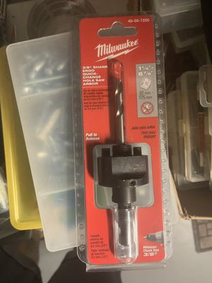 Milwaukee 3/8 in. Quick Change Large Hole Saw Arbor W/ Pilot Drill Bit for Sale in Miami, FL