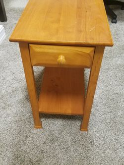 All Wood Side Table for Sale in Auburn,  WA