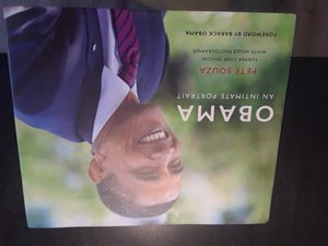 Perfect condition book OBAMA new for Sale in Oakland Park, FL